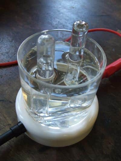 An electrolysis process, from Peter Holst of FreeImages.com